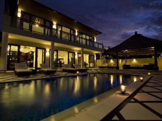 Queen - Nusa Dua Peninsula vacation rentals
