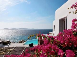 It's all in the name! Waterfront Villa Seaview Delight offers Views & Comfort - Mykonos Town vacation rentals