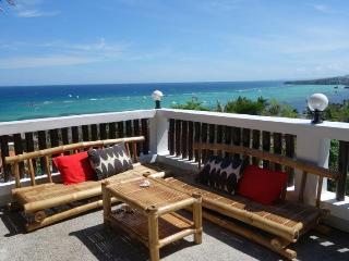 PANORAMIC SUNRISE OCEAN VIEW * WiFi * Aircon - Boracay vacation rentals