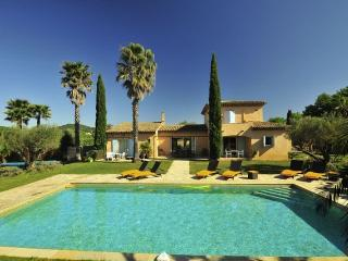 St Tropez 6 Bedroom Villa on a Vineyard, with a He - Ramatuelle vacation rentals