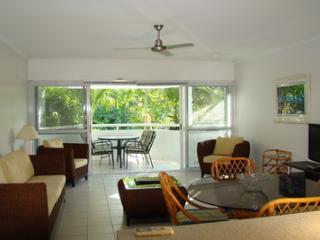 2 Bedroom/2Bathroom Balcony A - Port Douglas vacation rentals
