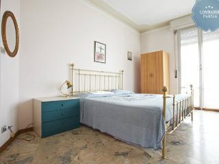 Appartamento vicino al centro della città - Parma vacation rentals
