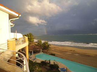 Stunning 4th floor penthouse on Cabarete beach. - Cabarete vacation rentals