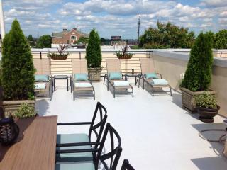 $89.nt a room Bed & Breakfast, Philly Free Parking - Greater Philadelphia Area vacation rentals