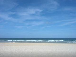 SAVE $$$  APT0 AT INGLESES BEACH 3 BEDS 2 BATH - Ingleses vacation rentals