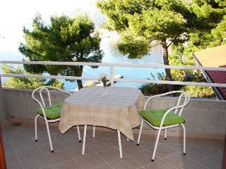 Apartments Bikin 2 - Brela vacation rentals