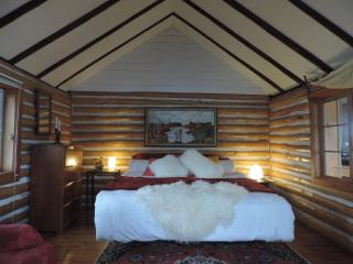 Beautiful Log Cabin - Denbigh vacation rentals