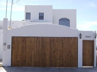 BAHIA KINO BEAUTIFUL HOUSE ON THE BEACH - Bahia Kino vacation rentals