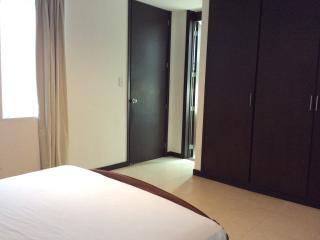 Big MASTER BEDROOM IN BEAUTIFUL HOUSE! - Cali vacation rentals