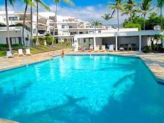 Oceanfront Resort Royal Sea Cliff. Central A/C - Kailua-Kona vacation rentals