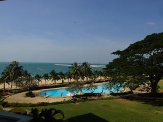 Baan Somprasong Pattaya Jomtien Beach Condo - Pattaya vacation rentals