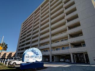 Peilcan Watch 405- Oceanfront condo with private beach access, Jacuzzi & pool - Carolina Beach vacation rentals