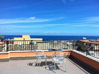 Case di Enzo con terrazza panoramica - Castellammare del Golfo vacation rentals
