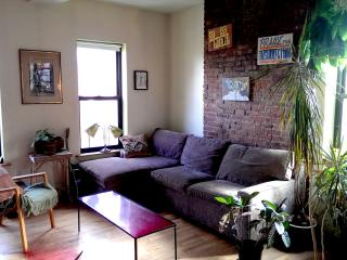 GORGEOUS MANHATTAN APARTMENT IN THE HEART OF NYC - New York City vacation rentals