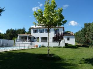 Holiday rental Villas Aix en Provence - Puyricard (Bouches-du-Rhône), 260 m², 3 500 € - Aix-en-Provence vacation rentals