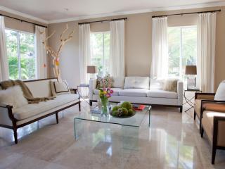 Spacious 5 Bedroom Villa in Historic Brickell - Miami vacation rentals