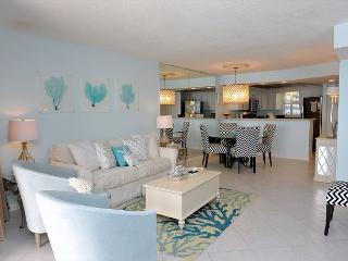'Hollywood Glitz' and breathtaking views of the Gulf of Mexico! Book Now! - Sandestin vacation rentals