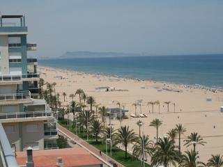 Apartment for rent in the beach front line Gandia - Gandia vacation rentals