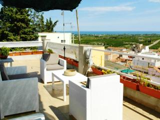 Bright and modern house in Tarragona, Spain, with terrace and sea views - Alcanar vacation rentals