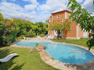 Modern villa in an idyllic Languedoc village, with private pool - Pouzolles vacation rentals