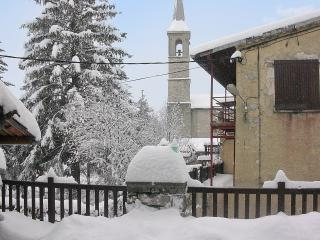 Charming house in the French Alps with mountain views - Saint Andre Les Alpes vacation rentals