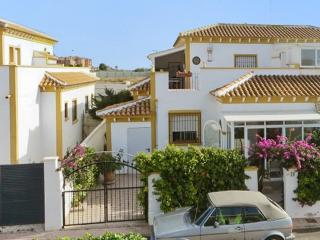 Cosy apartment in Torrevieja, Costa Blanca, with sunny terrace - Costa Blanca vacation rentals