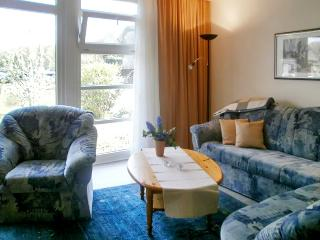 Fabulous flat in Pomerania, Germany, with sunny terrace - Wesenberg vacation rentals