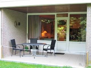 Bright studio with terrace by Lake Grevelingen, 300 metres from the beach - Zeeland vacation rentals