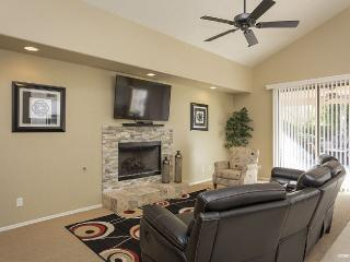 Beautiful Home with the Best Location in Scottsdal - Scottsdale vacation rentals