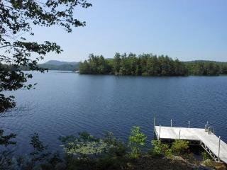 Lovely Home on Lake Wickwas in Meredith, NH, Sleeps 8 (BLO9Wp) - Meredith vacation rentals