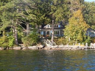 Beautiful Waterfront Vacation Luxury Home on Lake Winnipesaukee (LOK11Wf) - Lakes Region vacation rentals