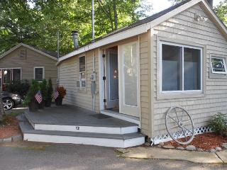 Holiday Bay Cottage on Paugus Bay/Lake Winnipesaukee (MIG12B) 5 - Laconia vacation rentals