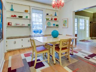 All the comforts of home with a bright contemporary style! - Boise vacation rentals