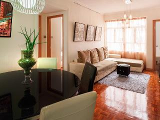 The iCANDY!CENTRAL MTR CLEAN BRIGHT FAMILY DESIGN - Hong Kong vacation rentals