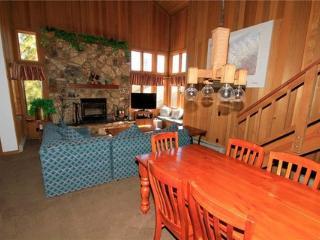 Mountainback #115, Loft, Den ~ RA52081 - Mammoth Lakes vacation rentals