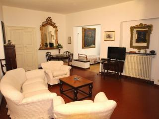 Apt Cavour in the historic center of Santa Margher - Zoagli vacation rentals