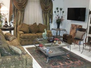 Beautifully furnished gated condo in McAllen, TX - Pharr vacation rentals