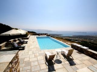 5 Bedroom Villa in Paros - Paros vacation rentals
