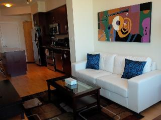 1 Bed + Den Stylish Downtown Condo @ Harbourfront - Toronto vacation rentals