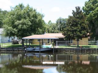 Fisherman's Paradise Lake Istokpoga Vacation Home - Lake Placid vacation rentals