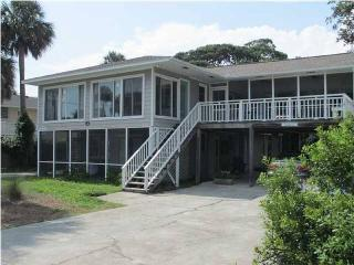 A Peace of Time - Down - Folly Beach, SC - 2 Beds BATHS: 1 Full - Charleston Area vacation rentals