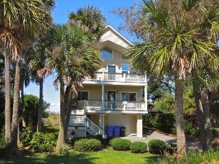 Bella Vista - Folly Beach, SC - 4 Beds BATHS: 3 Full 1 Half - Charleston Area vacation rentals