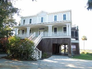 The Tabby House - Folly Beach, SC - 6 Beds BATHS: 5 Full 1 Half - Folly Beach vacation rentals