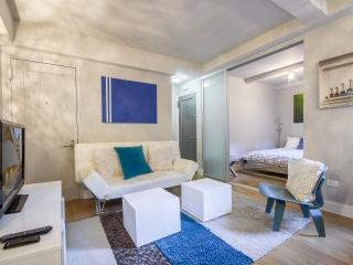 Luxurious Chelsea 2-bed apartment - New York City vacation rentals