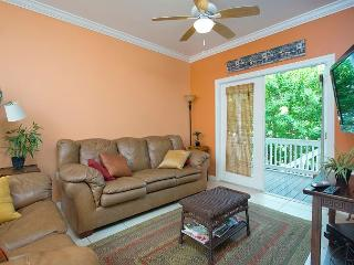 Coral Hammock 39 - 3 Bedroom Townhouse with a Shared Pool - World vacation rentals