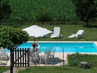 Ouzenauds - Chatenet vacation rentals