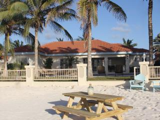 Beachcomber Villa Aruba - Malmok Beach vacation rentals