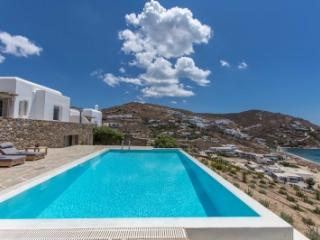 Gorgeous 5 Bedroom Villa in Mykonos - Mykonos vacation rentals