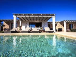 Fantastic 4 Bedroom Villa in Formentera - Formentera vacation rentals