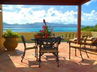 Honeymooners! Romantic Oceanfront Villa with Pool - Little Harbour vacation rentals